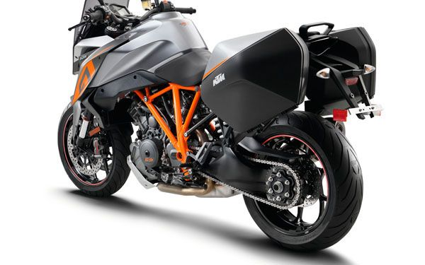 128526 KTM 1290 super duke gt MY 2016