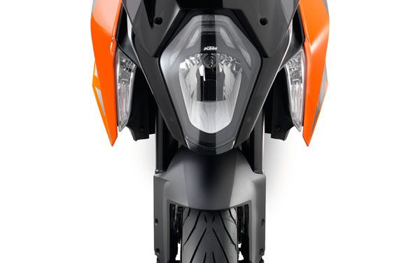 128551 KTM 1290 super duke gt MY 2016