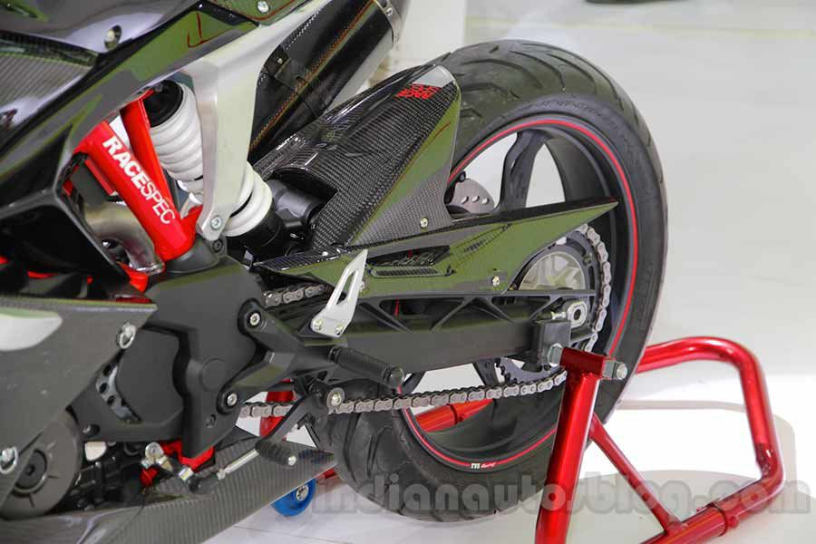 TVS Akula 310 Racing Concept aluminium swingarm at Auto Expo 2016