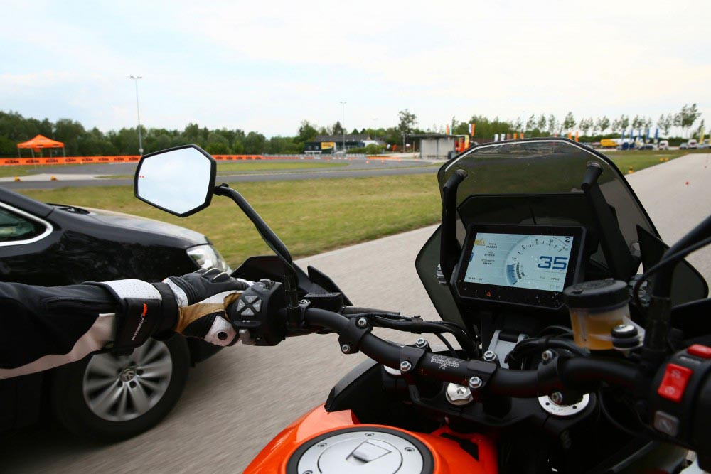 ktm adaptive cruise control system 2