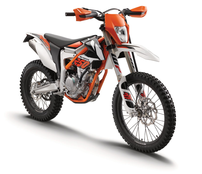 KTM FREERIDE 250 F MY 2018 Action 0710